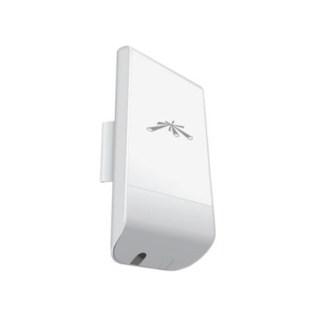 NanoStation Loco M5 5GHz AirMax, 802.11a/n, 13 dBi Antenna, 23 dBm